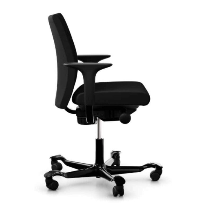 HAG Creed 6004 chair black upholstery black base side view