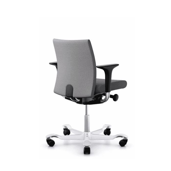 HAG Creed 6002 Chair   Low backrest